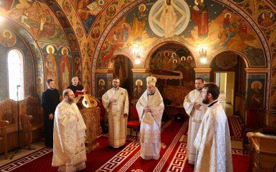 """PS Părinte Iustin: """"V-am spus în noaptea de Înviere: Hristos a Înviat și am auzit cum a răsunat România creștină: Adevărat a Înviat!"""