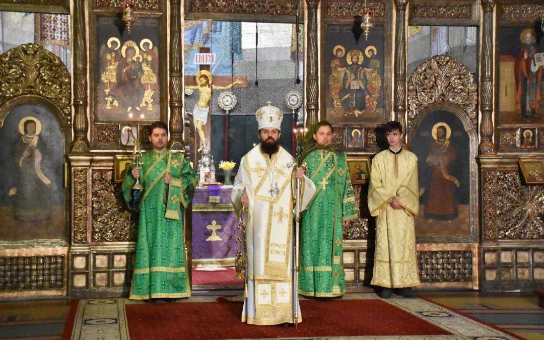 Duminica Floriilor, prăznuită la Catedrala Mitropolitană din Cluj-Napoca