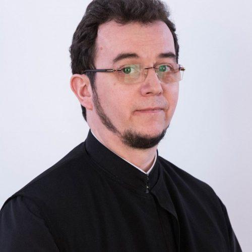 "<a href=""https://radiorenasterea.ro/author/tia/"" target=""_self"">Arhim. Teofil Tia</a>"
