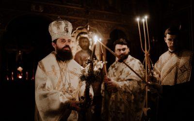PS Benedict Bistrițeanul a oficiat slujba Învierii Domnului și Sfânta Liturghie pascală, la Seminarul Teologic Ortodox din Cluj-Napoca