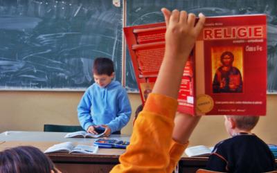 Trei volume, destinate eficientizării predării Religiei prin mijloace multimedia, publicate la Cluj-Napoca