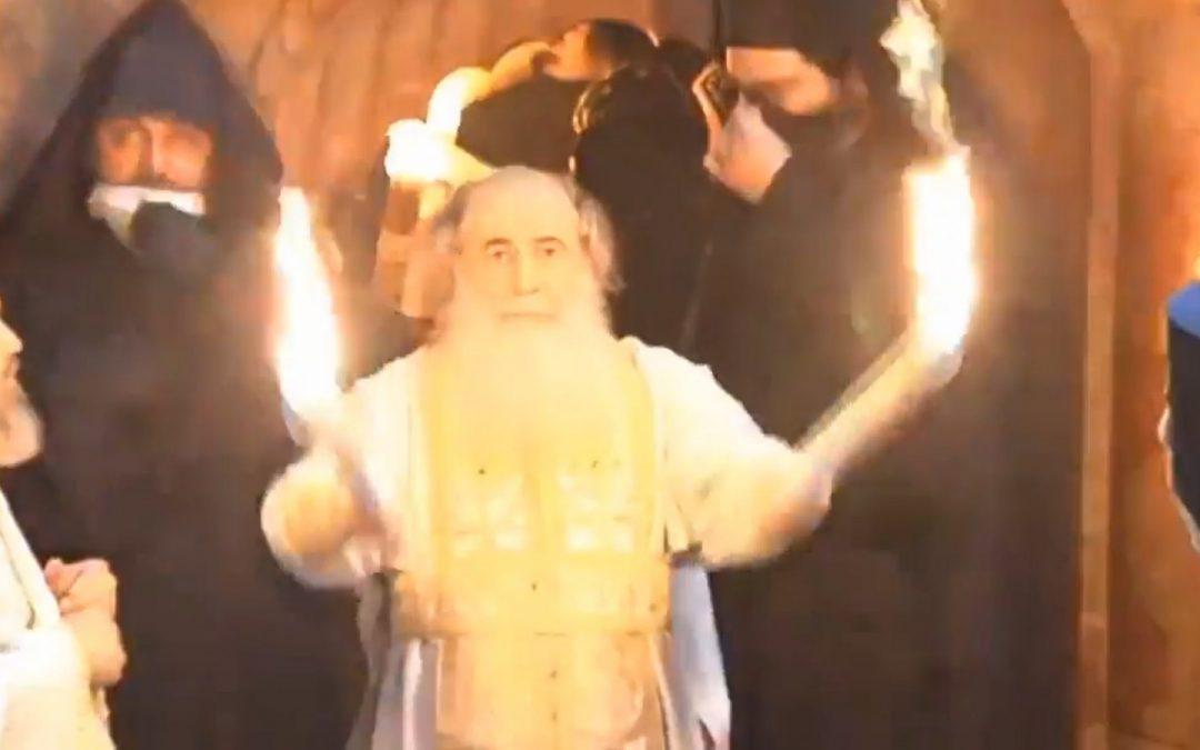La Ierusalim s-a pogorât astăzi Sfânta Lumină (VIDEO)
