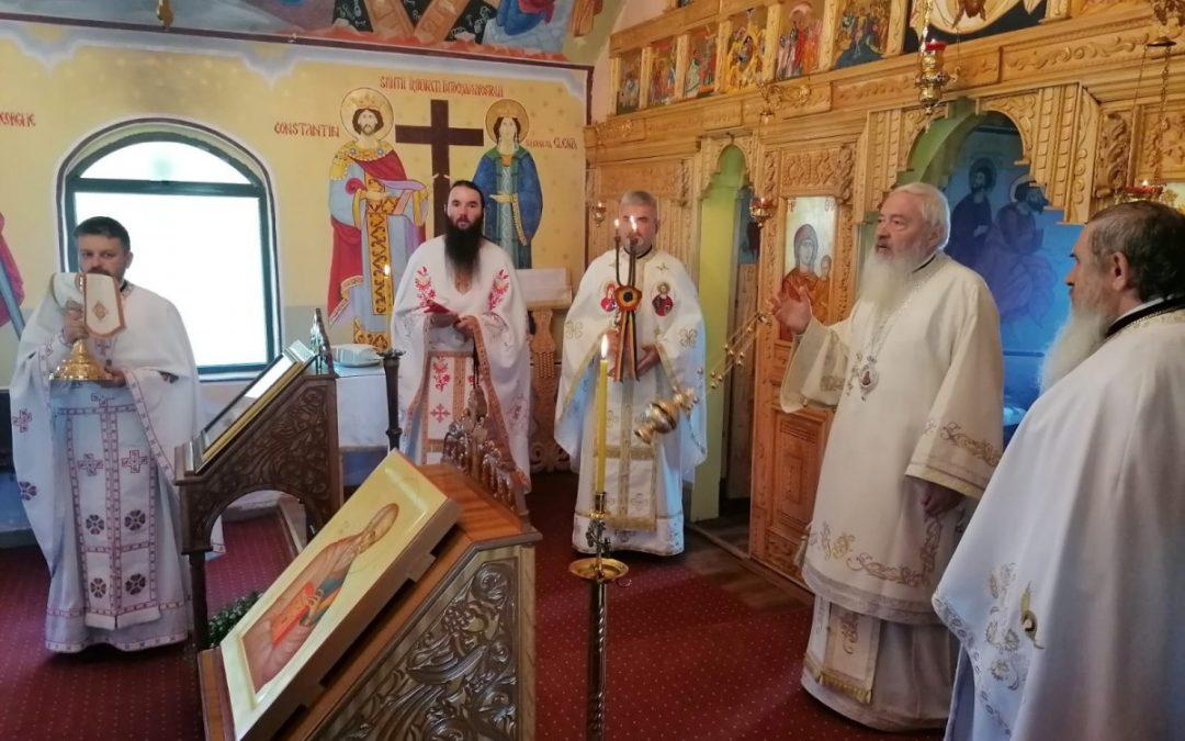 Hramul Mănăstirii Pădureni, sărbătorit în prezența Înaltpreasfințitului Părinte Andrei