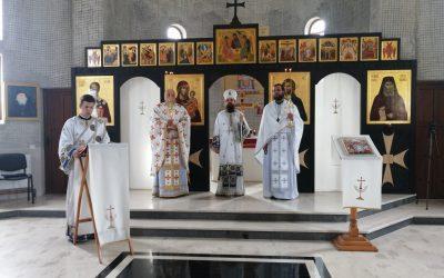 În Duminica Mironosițelor, PS Benedict Bistrițeanul a slujit la Mănăstirea Pantocrator