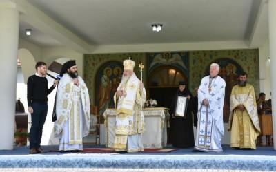 Sfinții Împărați Constantin și Elena, ocrotitorii spirituali ai Mănăstirii Dobric, sărbătoriți în prezența Mitropolitului Andrei