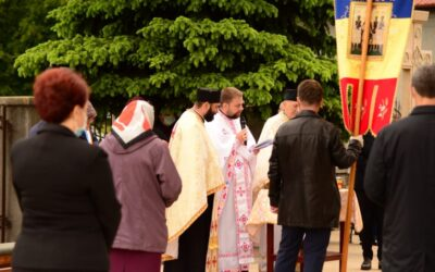 Catedrala Moților din Huedin și-a sărbătorit al doilea hram: Înălțarea Domnului – Ziua Eroilor