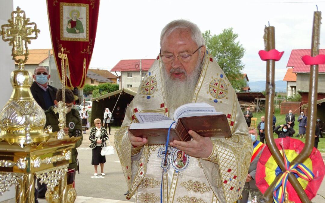 Mitropolitul Clujului, la Câmpia Turzii: îndemn la rugăciune pentru unitatea Bisericii