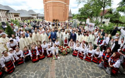 """(foto) Hramul Mănăstirii """"Sfântul Ioan Botezătorul"""" – Scărișoara Nouă"""