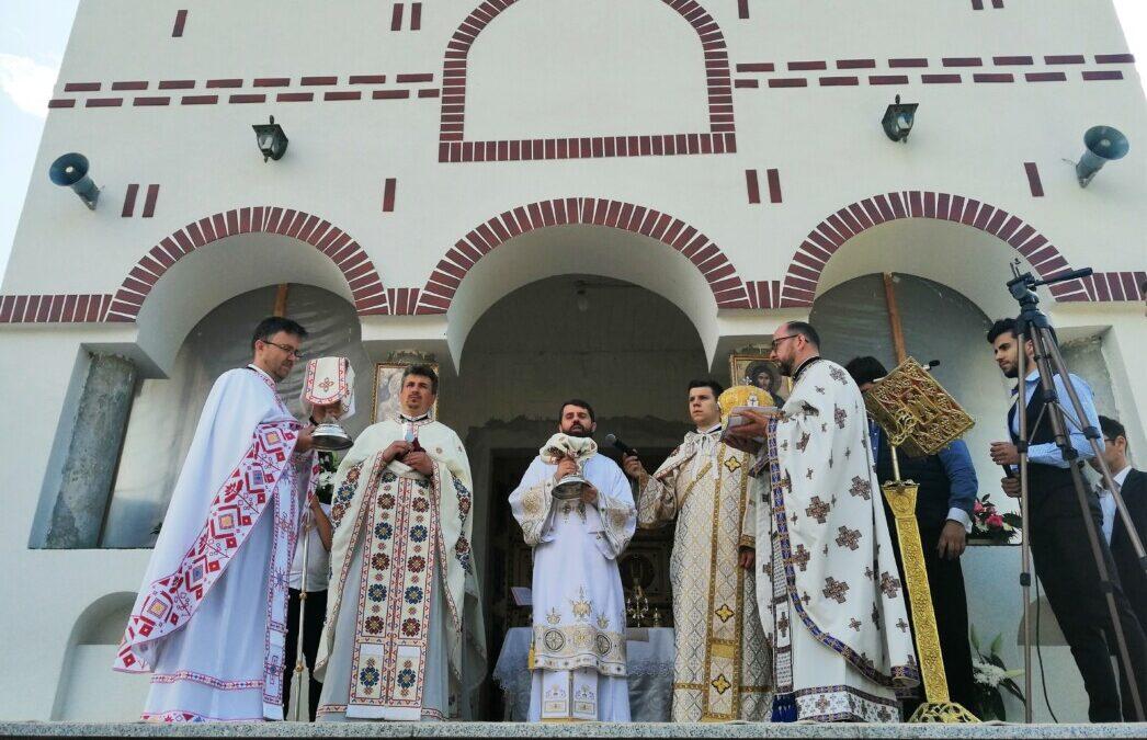 """Hramul parohiei clujene """"Sf. Ap. Petru și Pavel"""" – Valea Chintăului"""