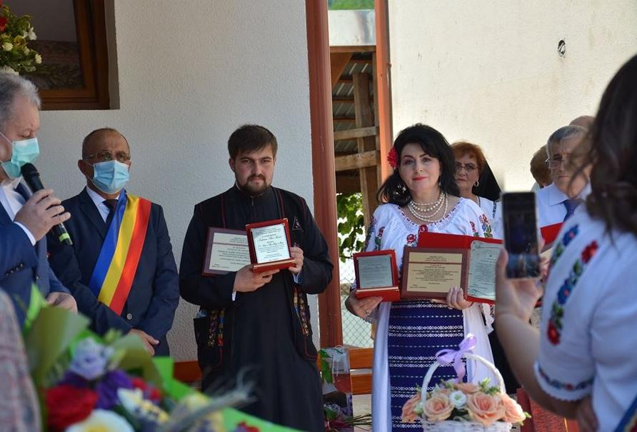 Ierom. dr. Maxim Morariu a devenit cetățean de onoare al localității natale, Salva