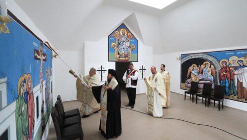 Noua Capelă de cimitir din Vălenii Șomcutei, binecuvântată de PS Timotei Sătmăreanul