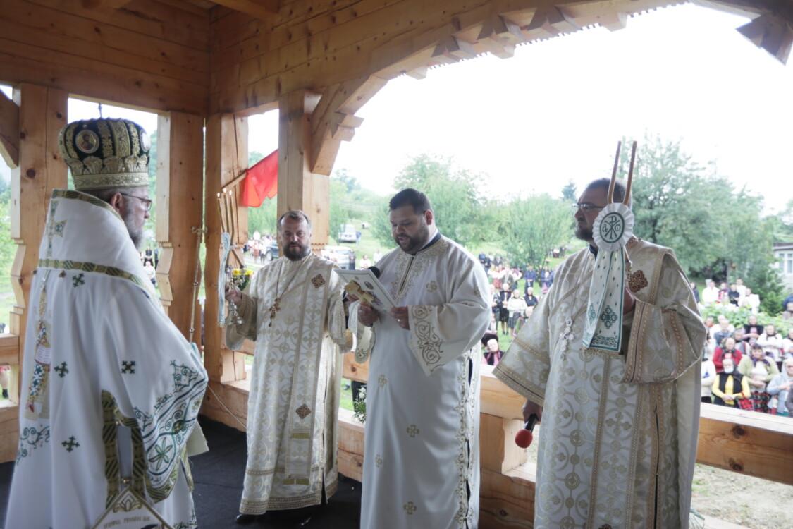 """Hramul mănăstirii """"Sfântul Prooroc Ilie Tesviteanul"""" Dragomirești"""