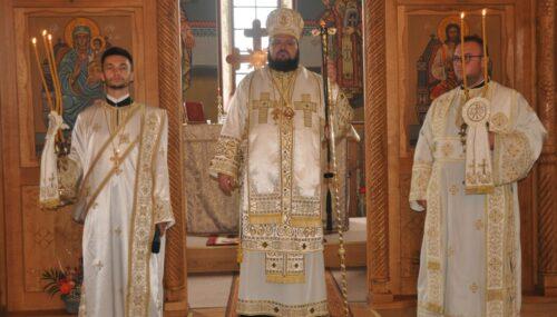 Liturghie arhierească în parohia sălăjeană Fildu de Sus