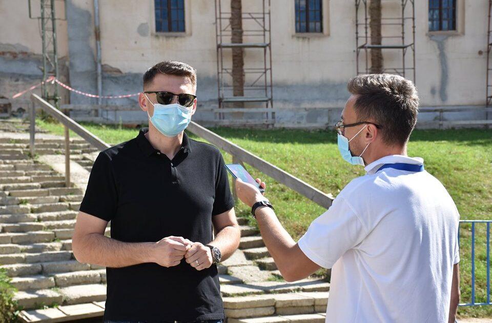 """La mănăstirea Nicula, sute de jandarmi, polițiști și pompieri asigură măsurile de ordine publică. Prefectul judeţului Cluj: """"Toate sunt exclusiv pentru sănătatea pelerinilor"""""""