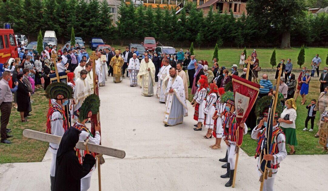 """Hramul Mănăstirii Dobric, supranumită """"Nicula Țibleșului"""", sărbătorit în prezența Episcopului-vicar Benedict Bistrițeanul"""