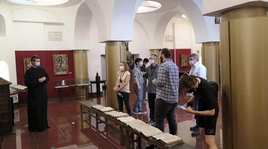 Ambasadorul Republicii Coreea în România, în vizită la Muzeul Mitropoliei Clujului
