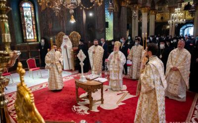 Patriarhul României, la 13 ani de la întronizare: Să mulţumim permanent lui Dumnezeu, pentru că trăim permanent din milostivirea Lui