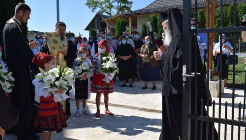 Mitropolitul Clujului a binecuvântat capela mortuară din localitatea Berchieșu