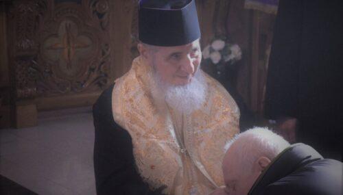 """Preasfințitul Părinte Vasile Flueraș: """"În zile tulburi, vă îndemn să ÎL mărturisiți pe Hristos fără teamă, asemeni Sfântului Dimitrie."""""""