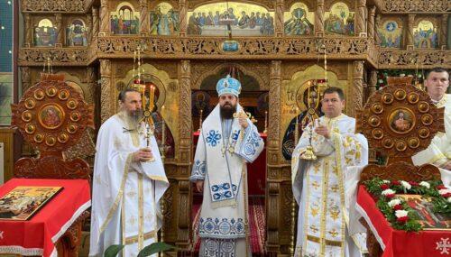 """""""Cine stă lângă Hristos, are siguranța vieții!"""": PS Benedict Bistrițeanul, către credincioșii din Tăure"""