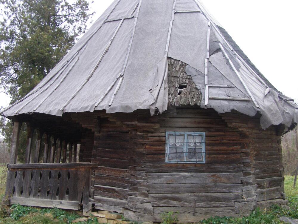 """Vechi biserici de lemn """"călătoare"""" din județul Cluj"""
