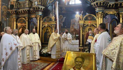Episcopul Benedict Bistrițeanul, în mijlocul comunității din Prundu Bârgăului