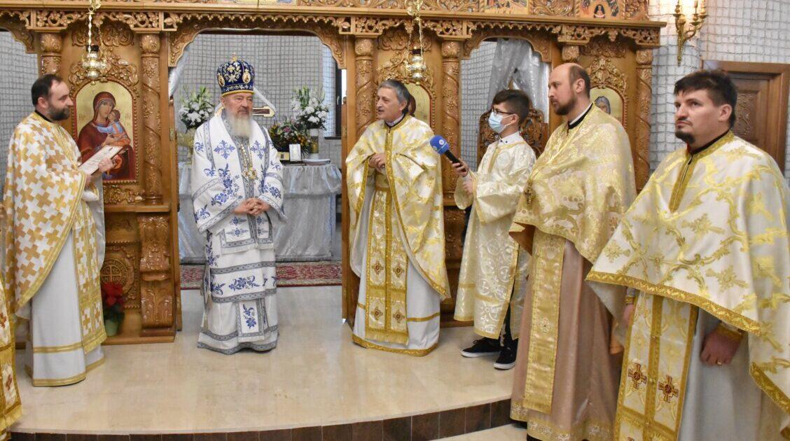 """Binecuvântarea lucrărilor efectuate până în prezent la Biserica """"Sf. Ap. Andrei"""" din Apahida"""