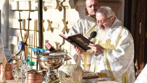 Prăznuirea Bobotezei la Cluj-Napoca | Mitropolitul Andrei a oficiat slujba Aghesmei Mari