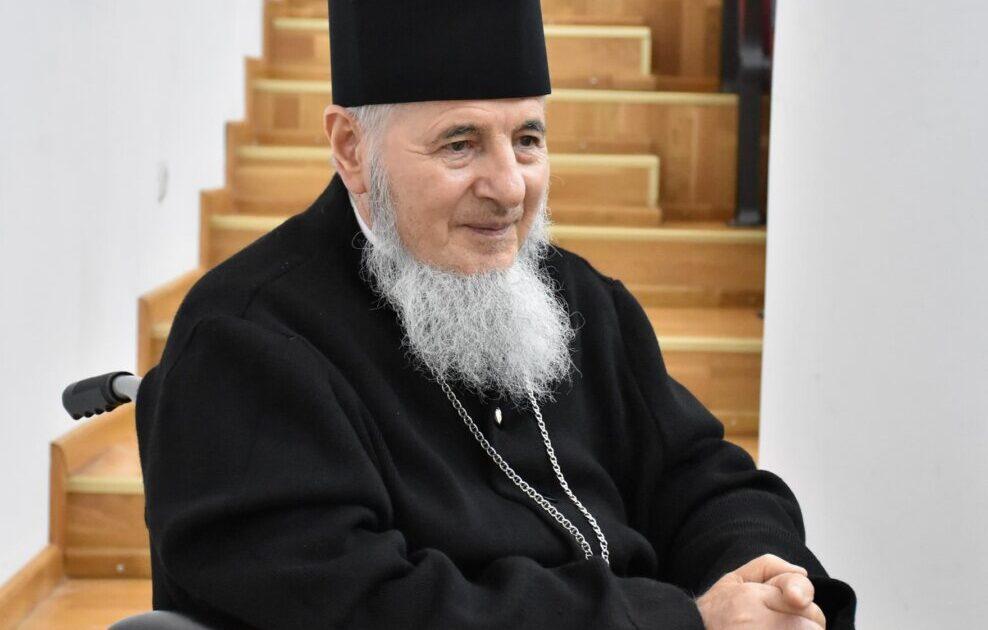 """Preasfințitul Părinte Vasile: """"Credința, nădejdea și dragostea sunt adevărate comori prin care dobândim mântuirea"""""""