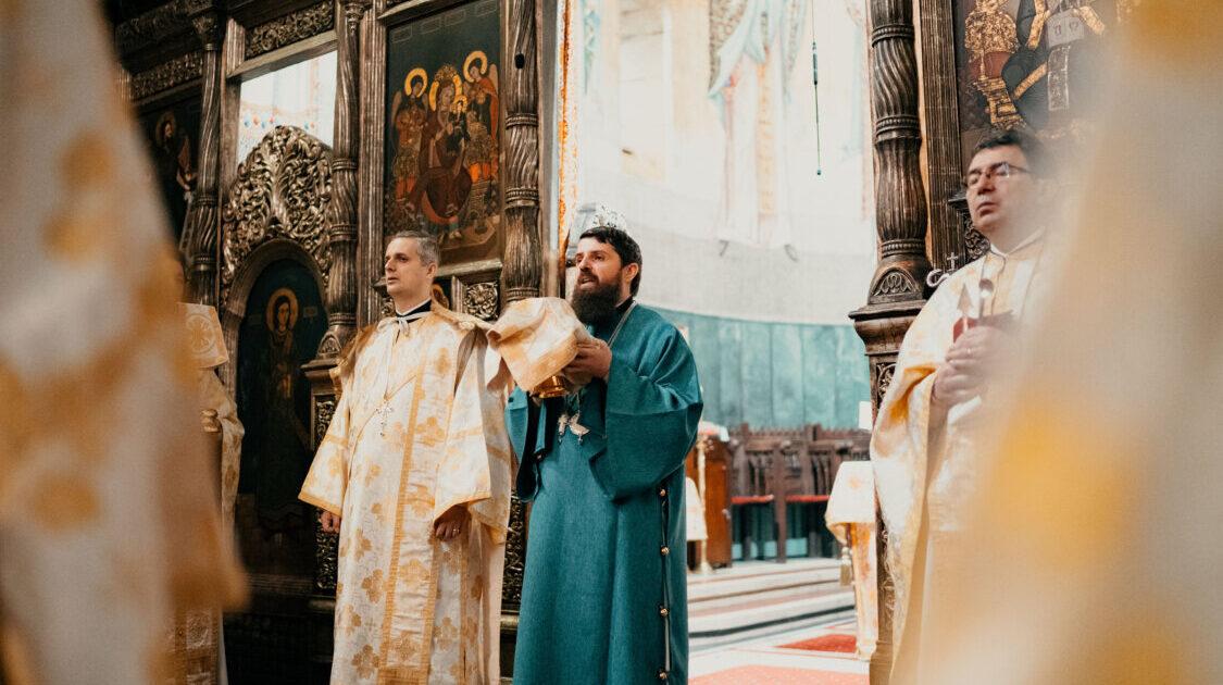 Liturghie arhierească la Catedrala Mitropolitană | Duminica Vameșului și a Fariseului