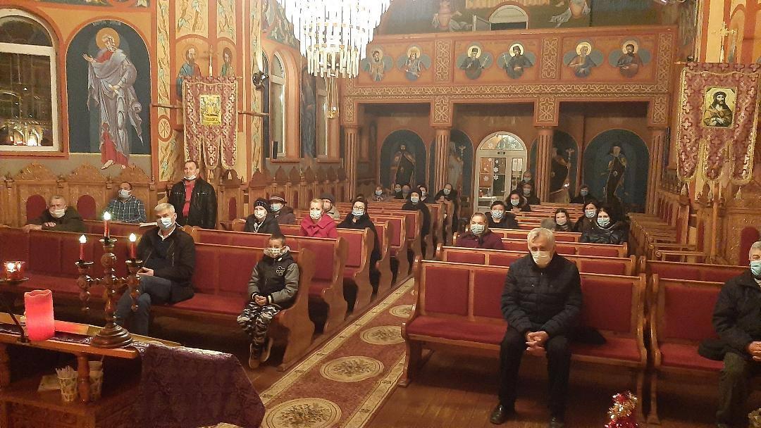 Inițiativa preotului din Jucu de Mijloc pentru a ajuta o femeie a cărei casă se prăbușește