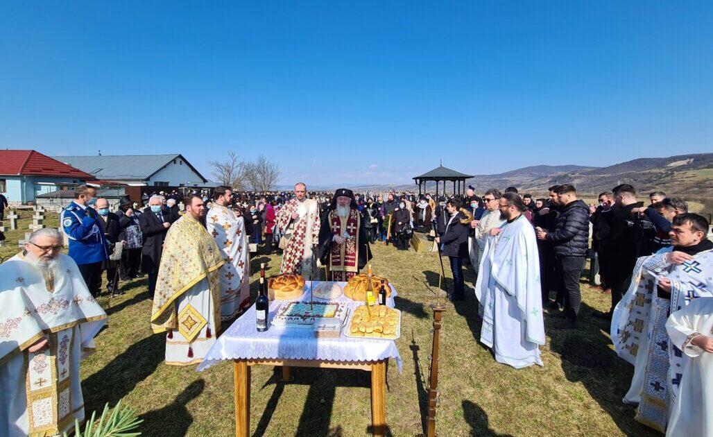 """Hramul Mănăstirii """"Sfinții 40 de Mucenici"""" – Memorialul Gherla, sărbătorit în prezența Mitropolitului Andrei"""