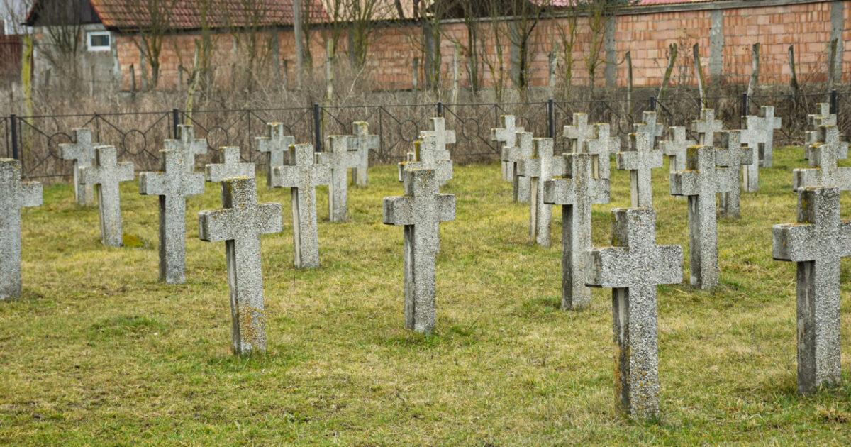 Martirii închisorilor comuniste, comemorați zilele acestea la Gherla