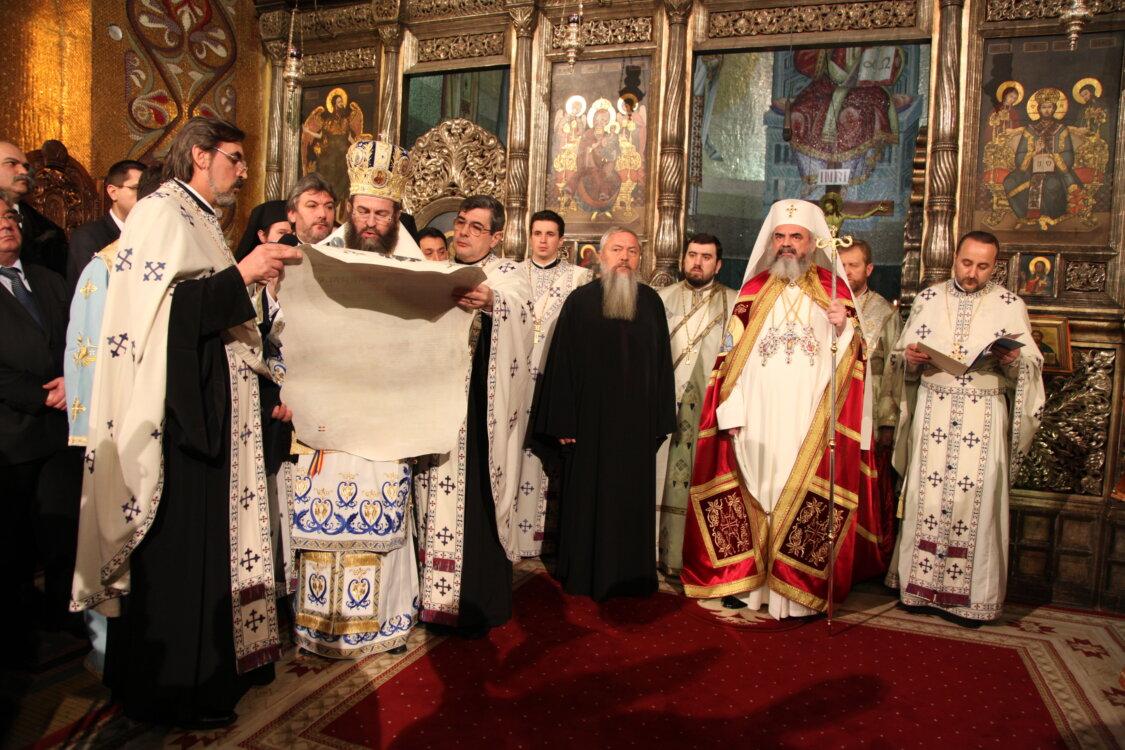 Întronizarea ÎPS Părinte Andrei ca Arhiepiscop și Mitropolit al Clujului