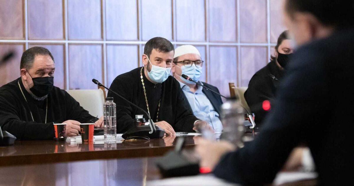 Dialog între autorități și Biserică privind participarea fizică la Slujba de Înviere: Se anunță derogări pentru sărbători