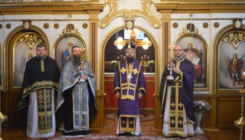 Liturghia Darurilor mai înainte sfințite, în Parohia Rebra