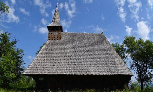 AUDIO Biserica de lemn, monument istoric, din localitatea clujeană Vechea
