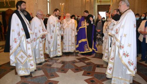 Sărbătoarea Izvorului Tămăduirii la Mănăstirea Nicula