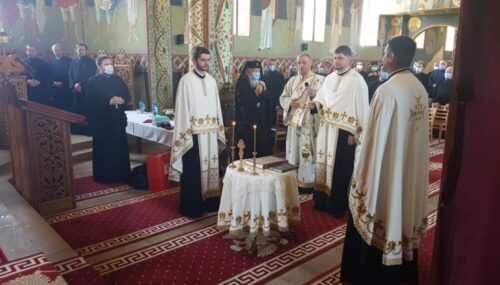 Conferință preoțească de primăvară în Protopopiatul Huedin | Istoricul Nicolae Șteiu a primit Crucea Transilvană