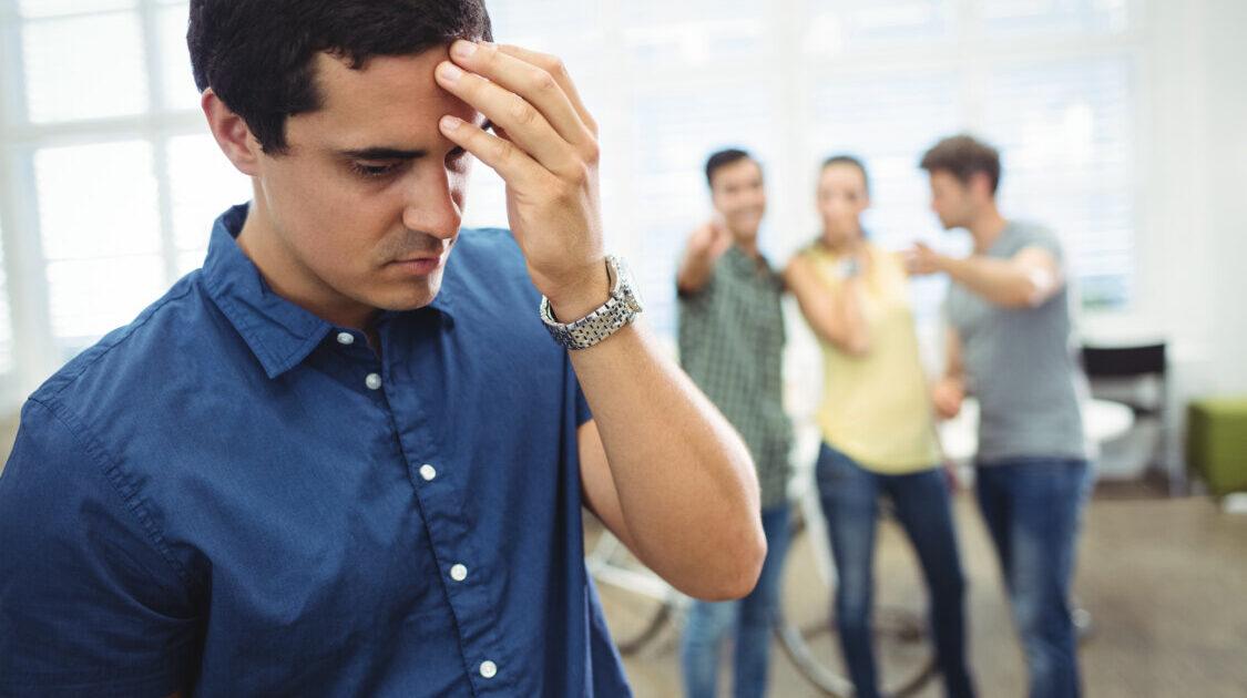 Clevetirea – patimă de necinste