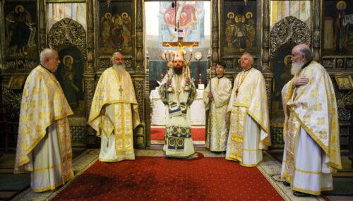 Prezență arhierească la Catedrala Mitropolitană din Cluj | Duminica a 7-a după Paști