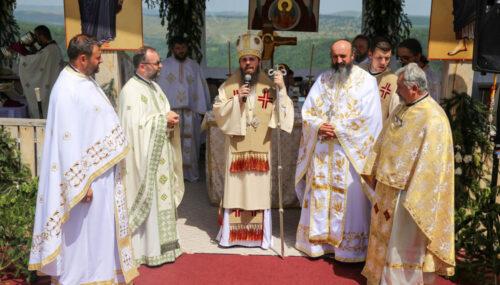 Hramul de vară al Mănăstirii de la Someșul Cald, prăznuit în prezența Episcopului-vicar Benedict Bistrițeanul