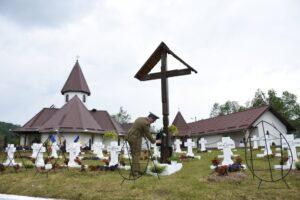Documentar | Mănăstirea și Cimitirul Eroilor de la Muntele Rece