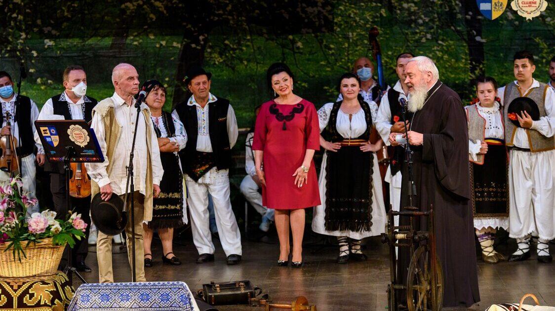 """""""Reîntoarcerea la tradiții"""", eveniment ancorat în satul tradițional de altădată"""