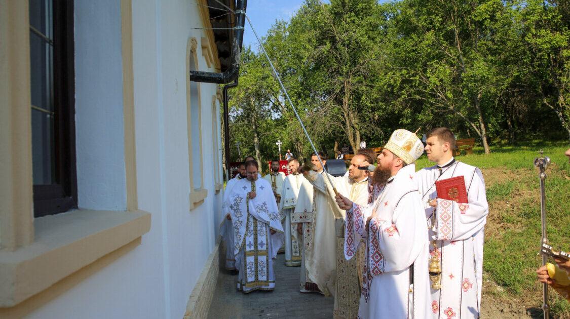 Resfințirea Bisericii din localitatea Pruni, județul Cluj