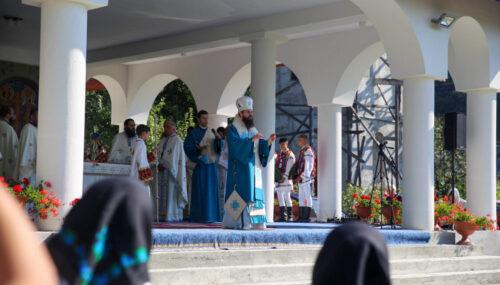 Hramul Mănăstirii Dobric, sărbătorit în prezența Episcopului-vicar Benedict Bistrițeanul