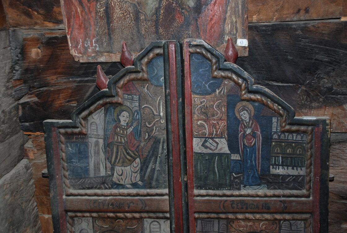 Prețiosul monument istoric de lemn al Mănăstirii Nicula