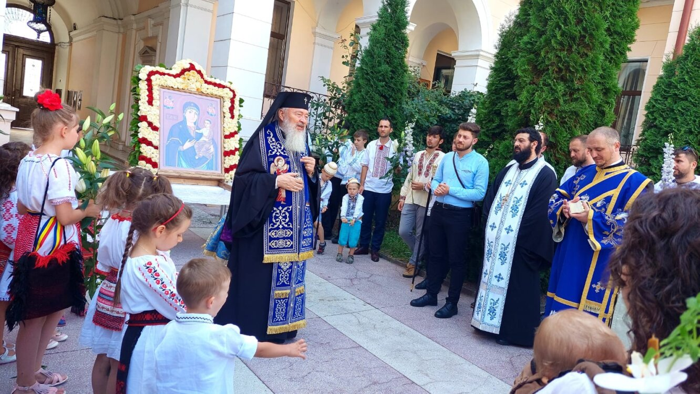 Părintele Mitropolit Andrei | Slujiri în Duminica a 6-a după Rusalii
