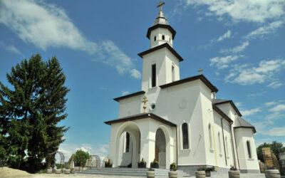 """Biserica Parohiei """"Adormirea Maicii Domnului"""" din Cluj-Napoca va fi resfințită duminică de trei ierarhi"""