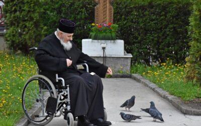 Trupul Presfințitului Părinte Vasile va fi depus sâmbătă la Catedrala Mitropolitană